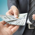 A katás, a prémium és a válófélben lévő banki ügyfél esete