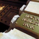 MNB: túl magasak a havi banki költségek