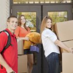 Egyetemre megy a gyerek! Vegyünk vagy béreljünk lakást?