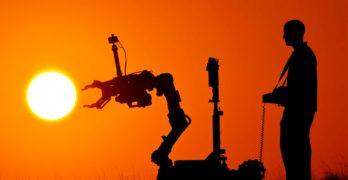 Játszva robotot fejleszteni