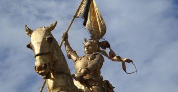 100 éve lett szent az Orléans-i szűz