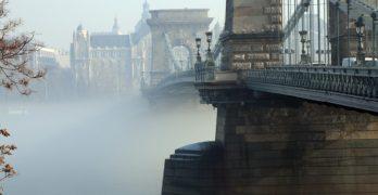 Lehet-e gyalogos híd a Lánchídból?