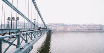 Csobbanj a Dunában Budapesten!